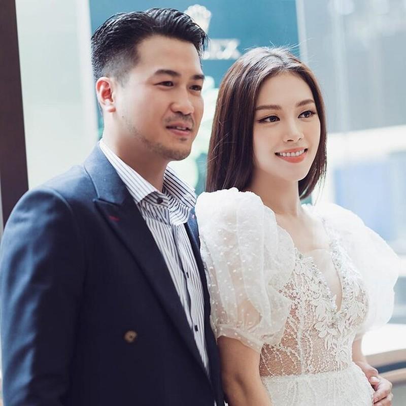 Anh trai rich kid Tien Nguyen lan dau dang anh tinh tu ben ban gai-Hinh-6