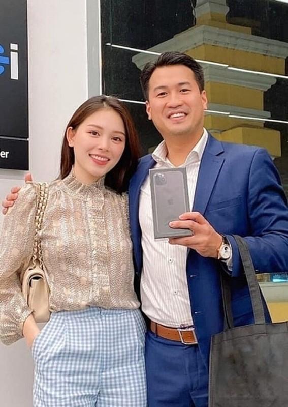 Anh trai rich kid Tien Nguyen lan dau dang anh tinh tu ben ban gai-Hinh-7