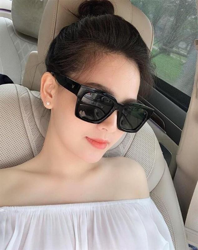 Do do giau cua loat hot girl Viet noi tieng tu lam hai Youtube-Hinh-11