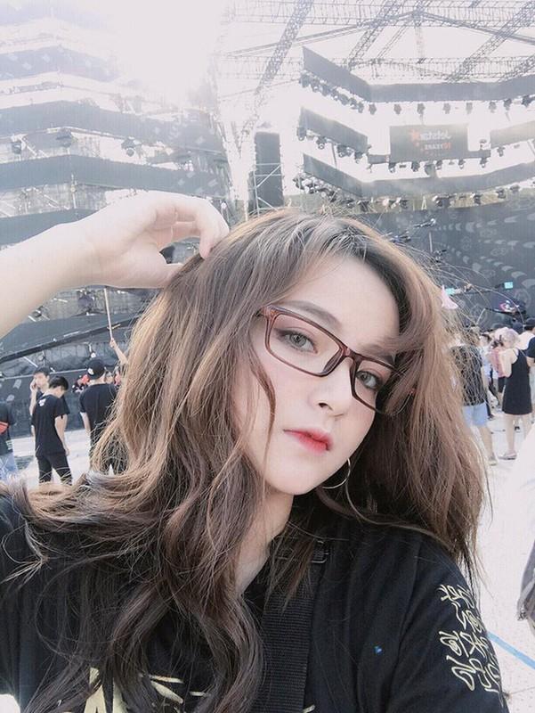 "Bi nham la con lai, dan hot girl Viet co luong theo doi ""khung""-Hinh-7"