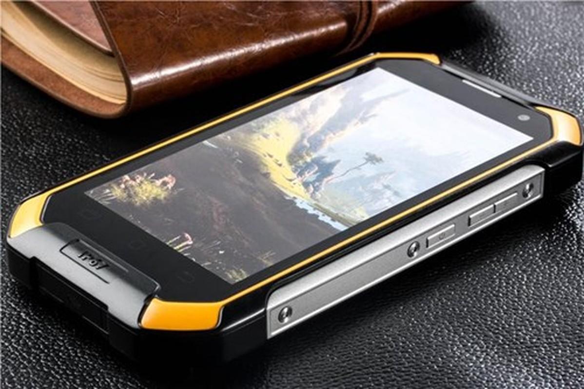 Nhung smartphone chong nuoc gia re hot nhat hien nay-Hinh-10