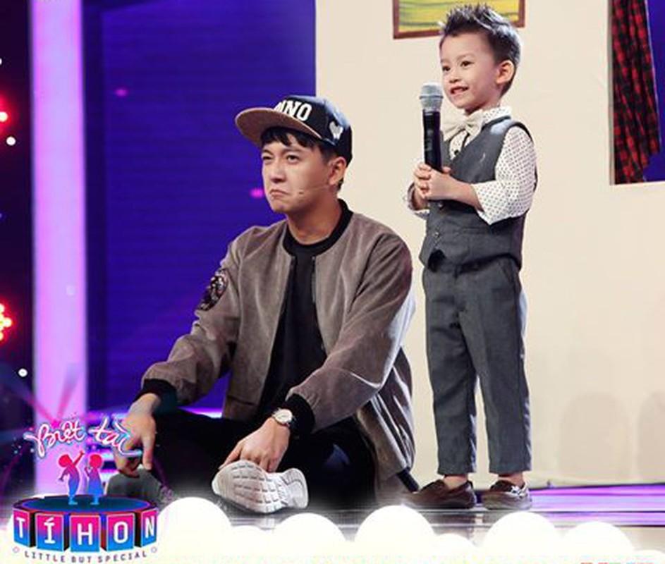 Ngo Kien Huy lam MC duyen the nao ma doat giai VTV Awards?-Hinh-5