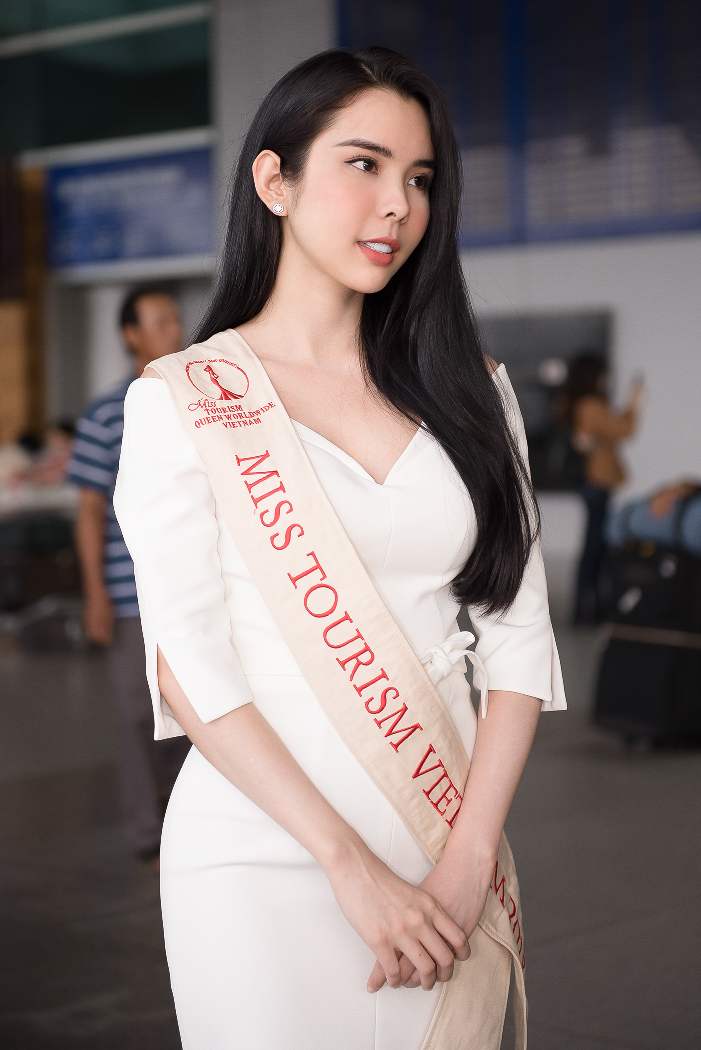 Lien Binh Phat tien Huynh Vy di thi Miss Tourism Queen Worldwide-Hinh-4