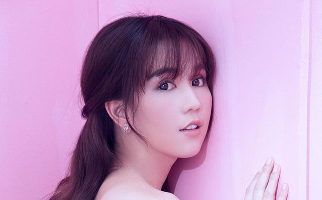 """Soi loi the giup Ngoc Trinh hut dai gia du """"bat ca hai tay""""-Hinh-10"""