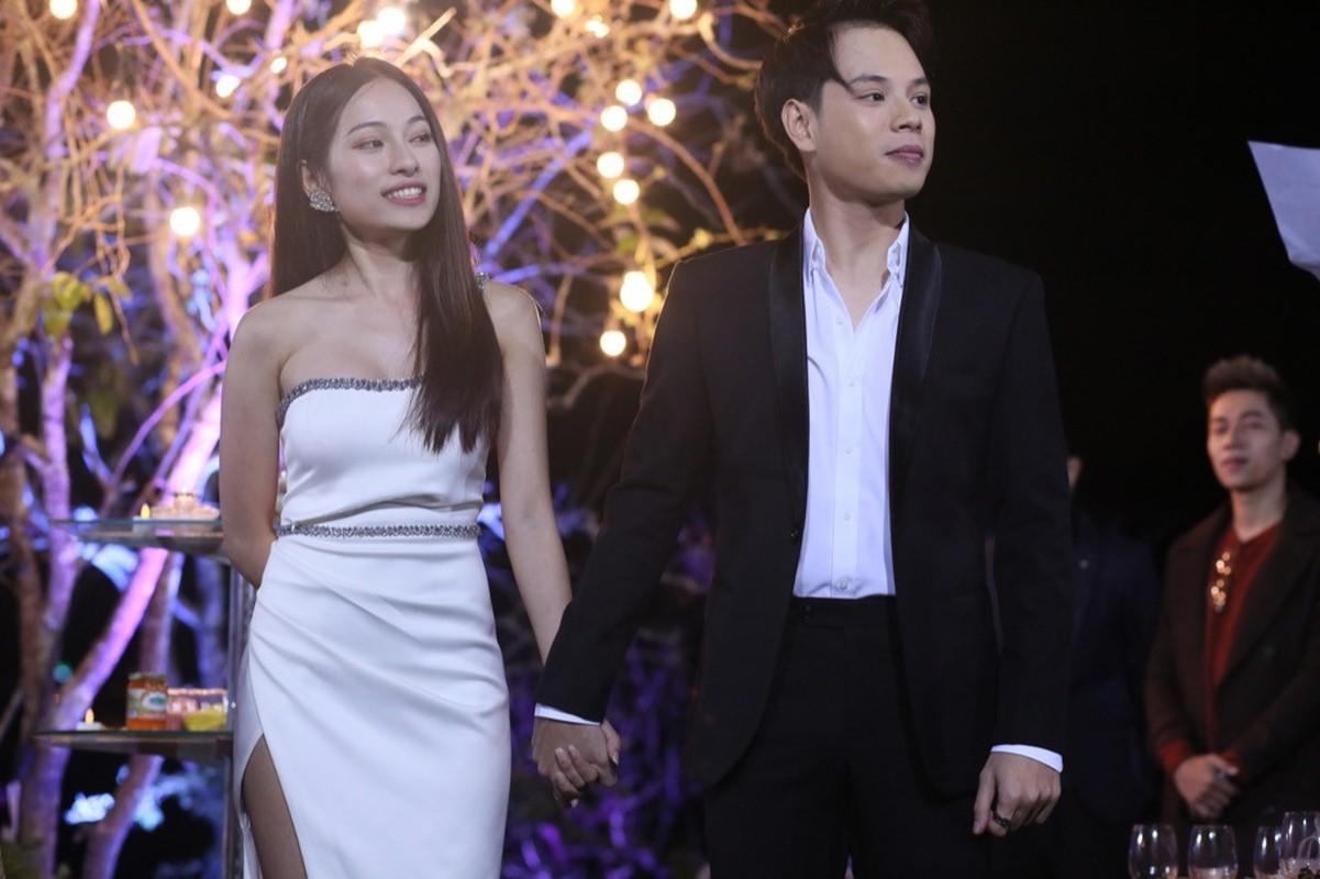Nam 2018 ca si tre nao len ngoi sau song gio scandal?