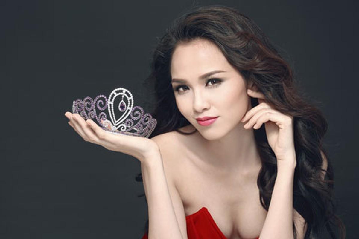 """Hoa hau Diem Huong am tham dieu tri tram cam, tiet lo ly do """"soc""""-Hinh-2"""