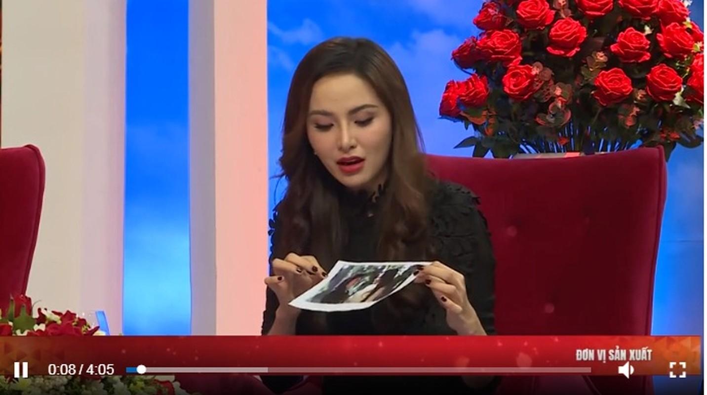 """Hoa hau Diem Huong am tham dieu tri tram cam, tiet lo ly do """"soc""""-Hinh-3"""