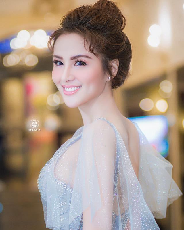 """Hoa hau Diem Huong am tham dieu tri tram cam, tiet lo ly do """"soc""""-Hinh-7"""