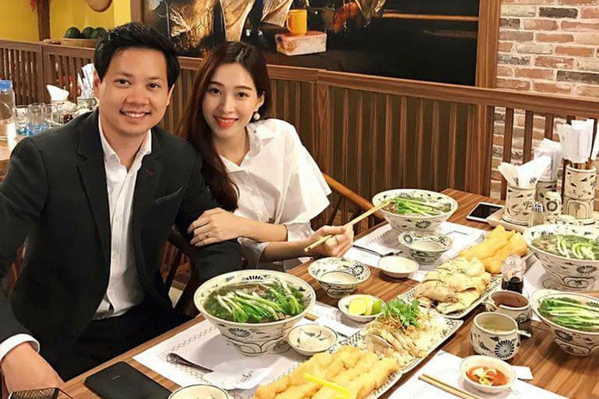 Hoa hau Dang Thu Thao cham chi khoe anh tinh tu ben chong dai gia-Hinh-9