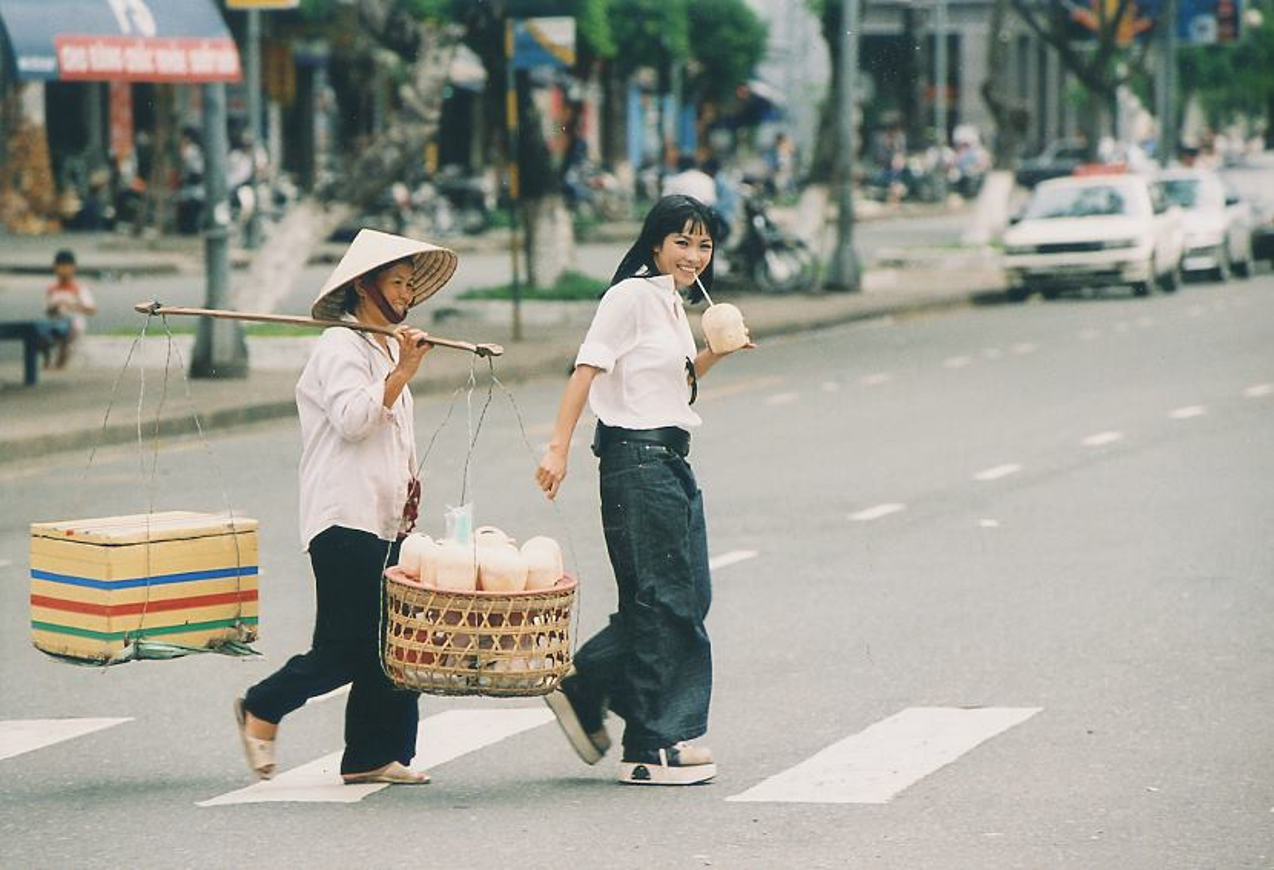 Ca si Phuong Thanh khoe anh cua 20 nam truoc, cuc noi loan va sexy-Hinh-7