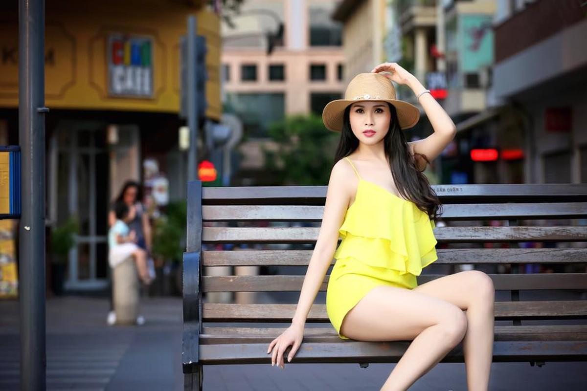 """Gai nhay"" Minh Thu khoe tinh moi sau 8 nam ly hon va su that ngo ngang"