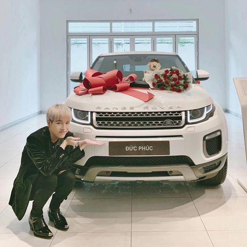 "Cuoc song sang chanh nha dep, xe sang cua Duc Phuc hau ""dao keo""-Hinh-6"