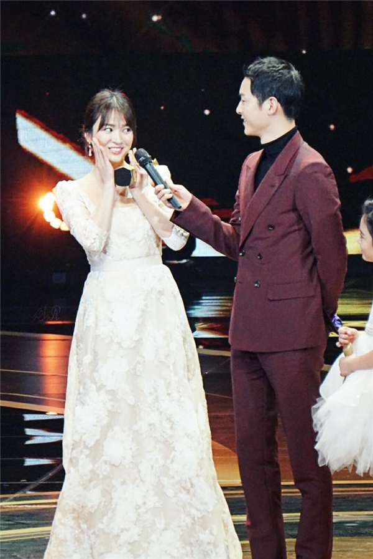 Loi ngon tinh cua Song Joong Ki - Song Hye Kyo truoc ly hon-Hinh-7