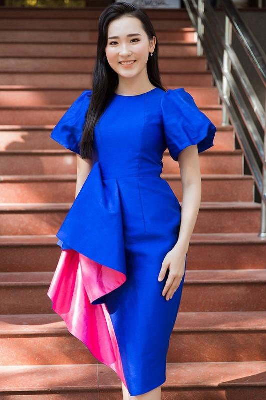 Ngam dan thi sinh lot Chung khao phia Bac Miss World Viet Nam-Hinh-10