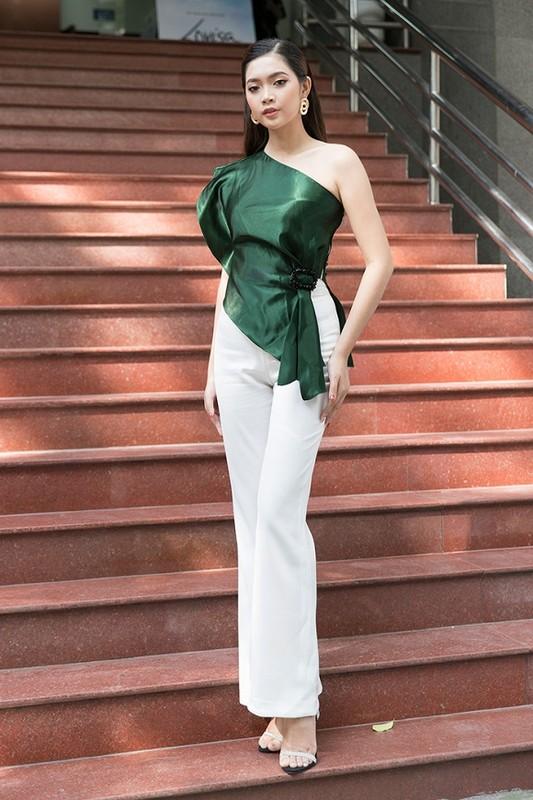 Ngam dan thi sinh lot Chung khao phia Bac Miss World Viet Nam-Hinh-13