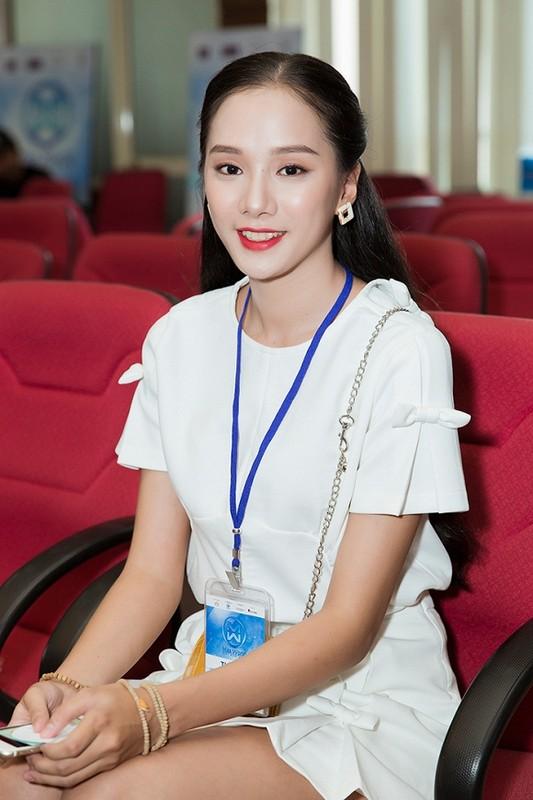 Ngam dan thi sinh lot Chung khao phia Bac Miss World Viet Nam-Hinh-7