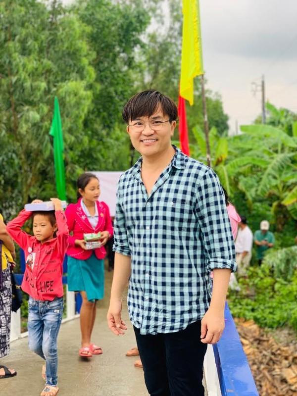 "MC dat show ""giau nhat Viet Nam"" kiem tien nhieu de lam gi?-Hinh-7"