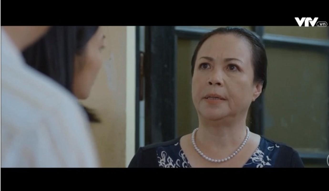 """Chan dung me chong hanh con dau dieu dung trong """"Hoa hong tren nguc trai"""""""