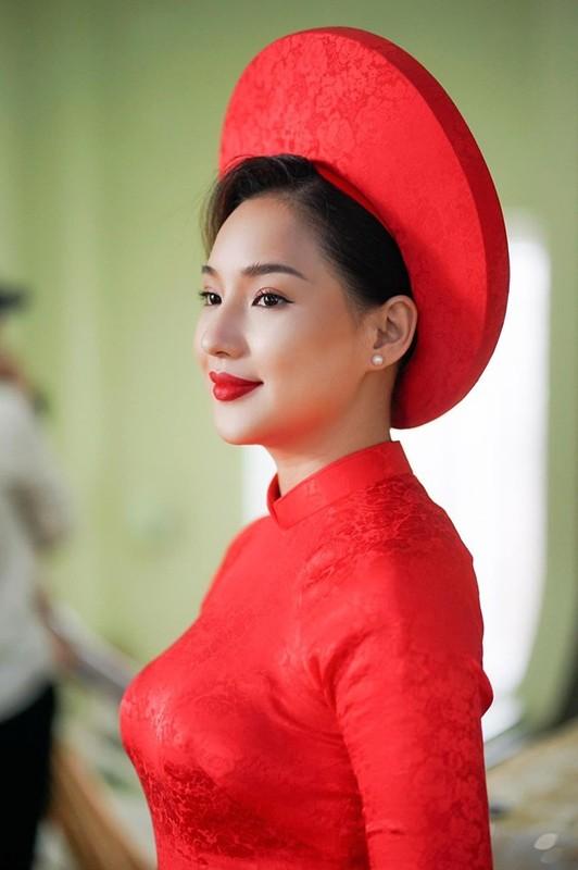 Xinh dep, diu dang vo cu co nguoi mau Duy Nhan xung dang duoc hanh phuc