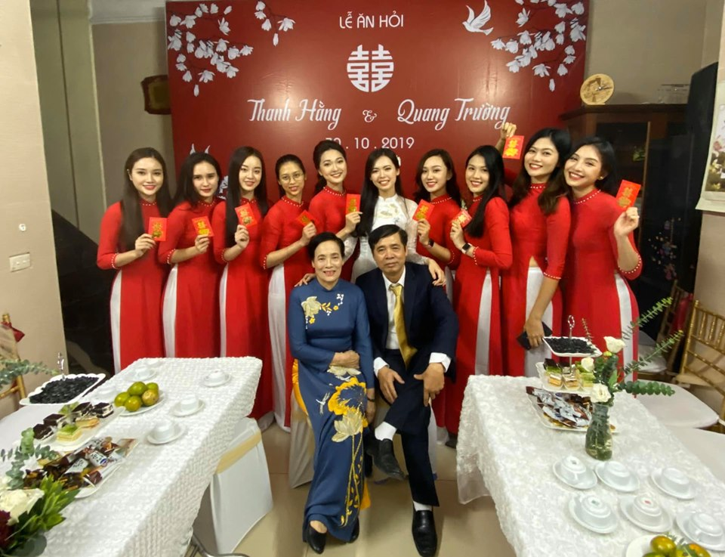 "Ngam ""dan be trap xinh nhat Viet Nam"" trong dam hoi Bui Thanh Hang-Hinh-3"