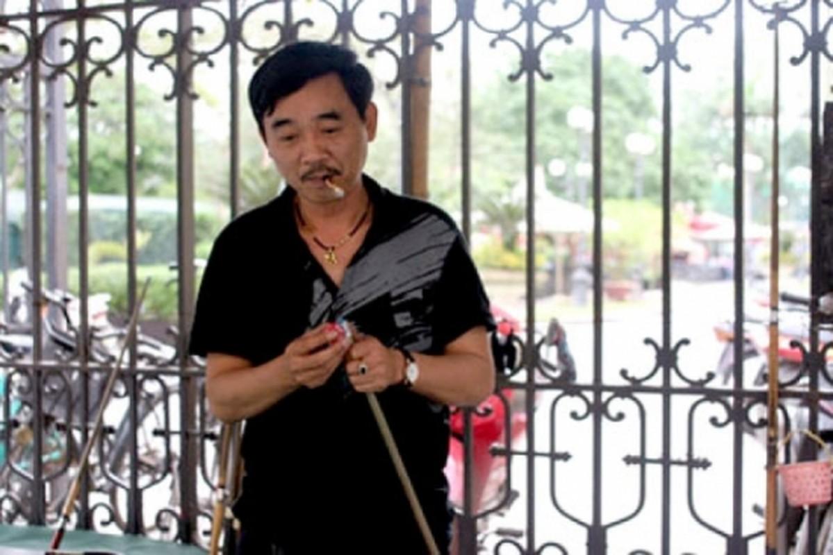 """Ngoc Hoang"" Quoc Khanh van don Tet le bong o tuoi U60-Hinh-7"