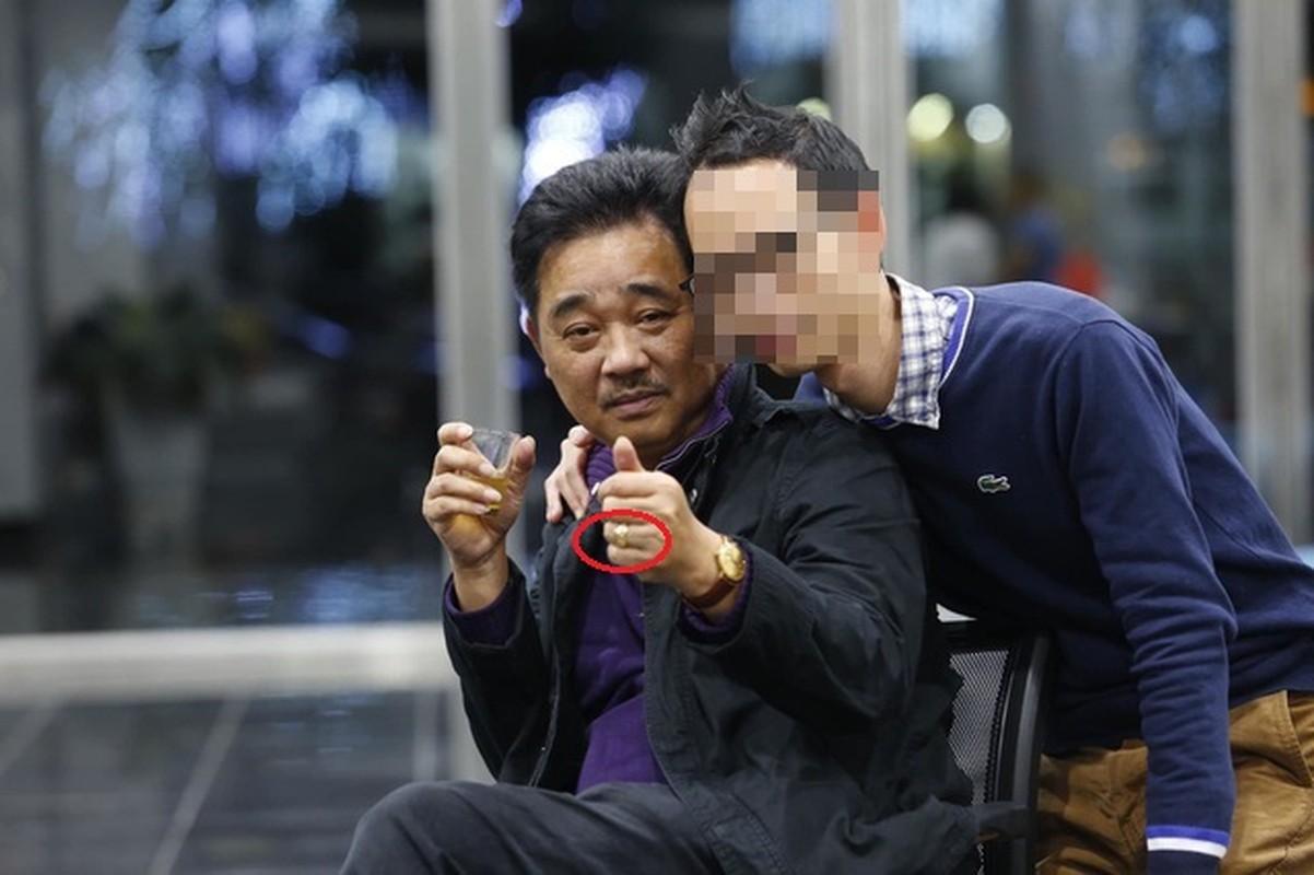 """Ngoc Hoang"" Quoc Khanh van don Tet le bong o tuoi U60-Hinh-4"
