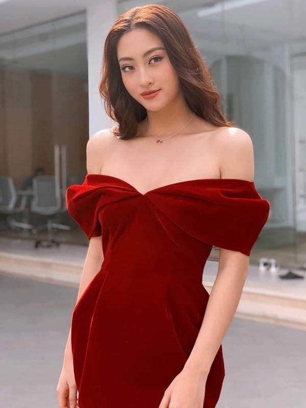 Luong Thuy Linh vua gioi vua xinh, lai kheo het phan thien ha!-Hinh-8