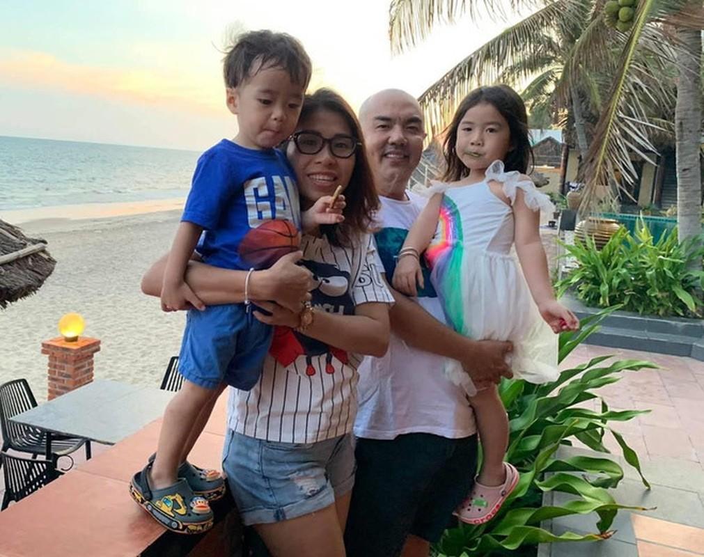 To am hanh phuc, vo chong gan bo nhu hinh voi bong cua Quoc Thuan-Hinh-10