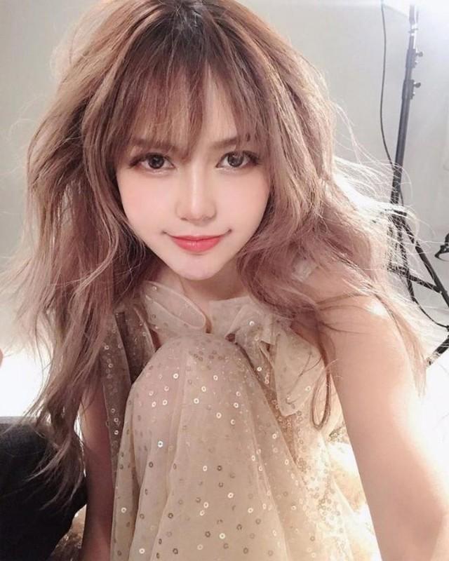 Ve nong bong cua nguoi dep to La Chi Tuong song thac loan, lang nhang-Hinh-16