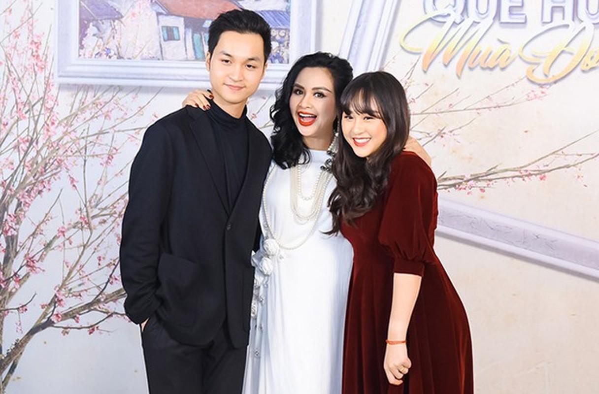 Thanh Lam xinh dep, an vui ben con va tinh tre o tuoi 51-Hinh-10