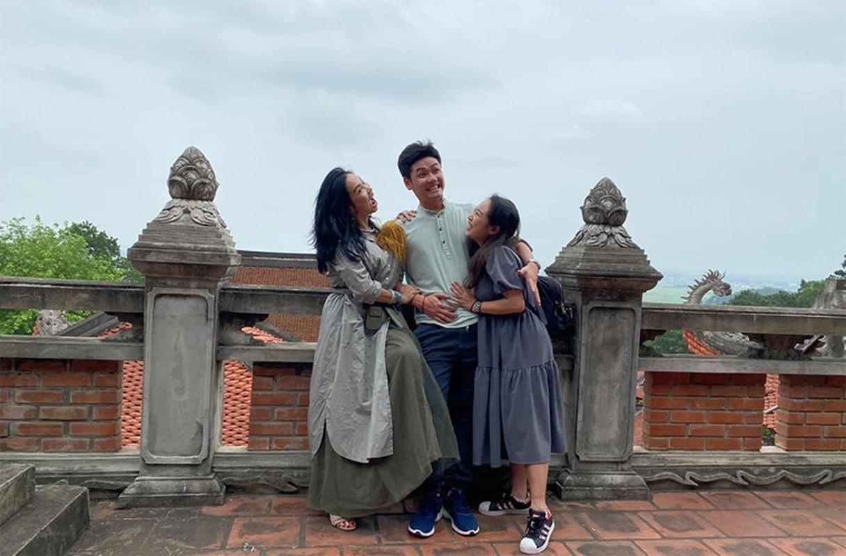 Thanh Lam xinh dep, an vui ben con va tinh tre o tuoi 51-Hinh-12