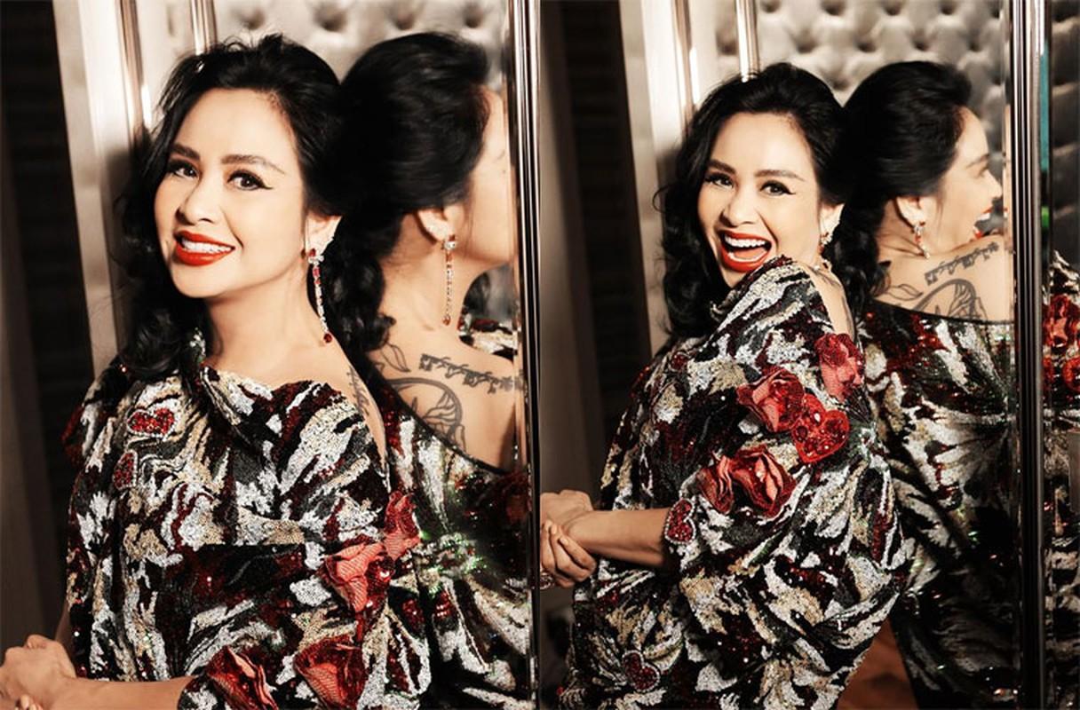 Thanh Lam xinh dep, an vui ben con va tinh tre o tuoi 51