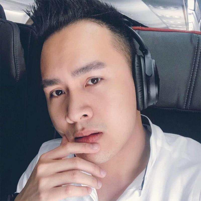 Con trai Hoai Linh dep trai nhu soai ca, tai hoa khong kem bo-Hinh-2