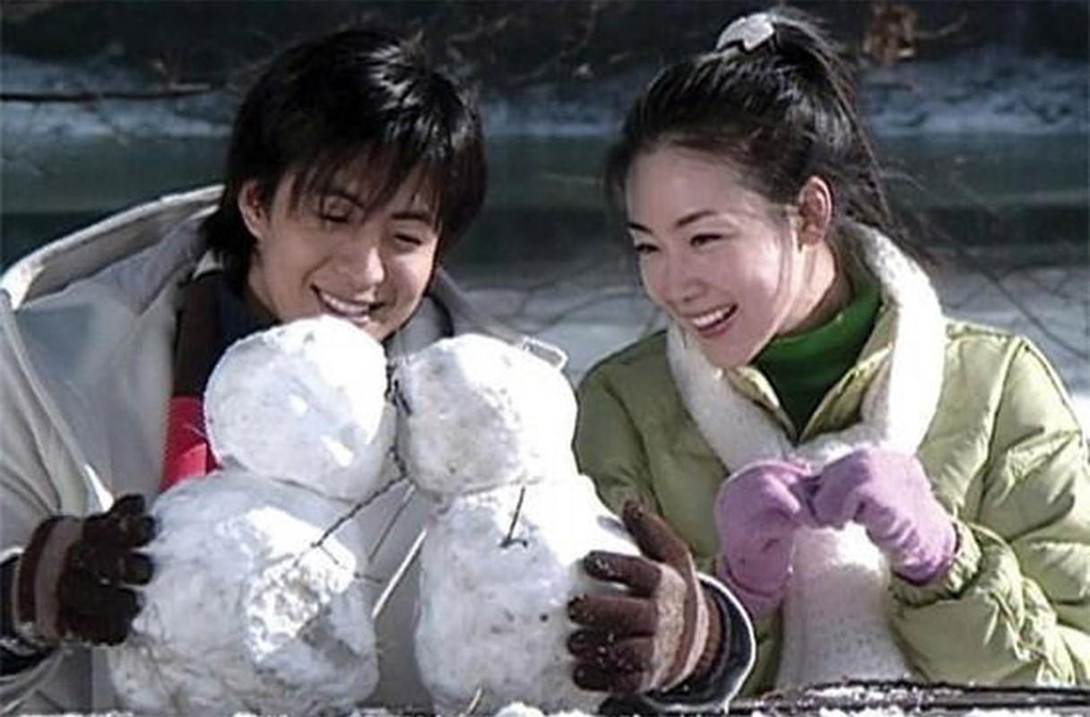 Choi Ji Woo giau co, vien man ben chong va con gai moi sinh-Hinh-3