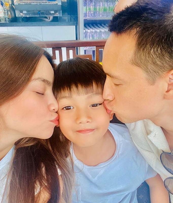 """Chua co con Kim Ly da xung """"ong bo quoc dan"""" vi dieu nay-Hinh-11"""