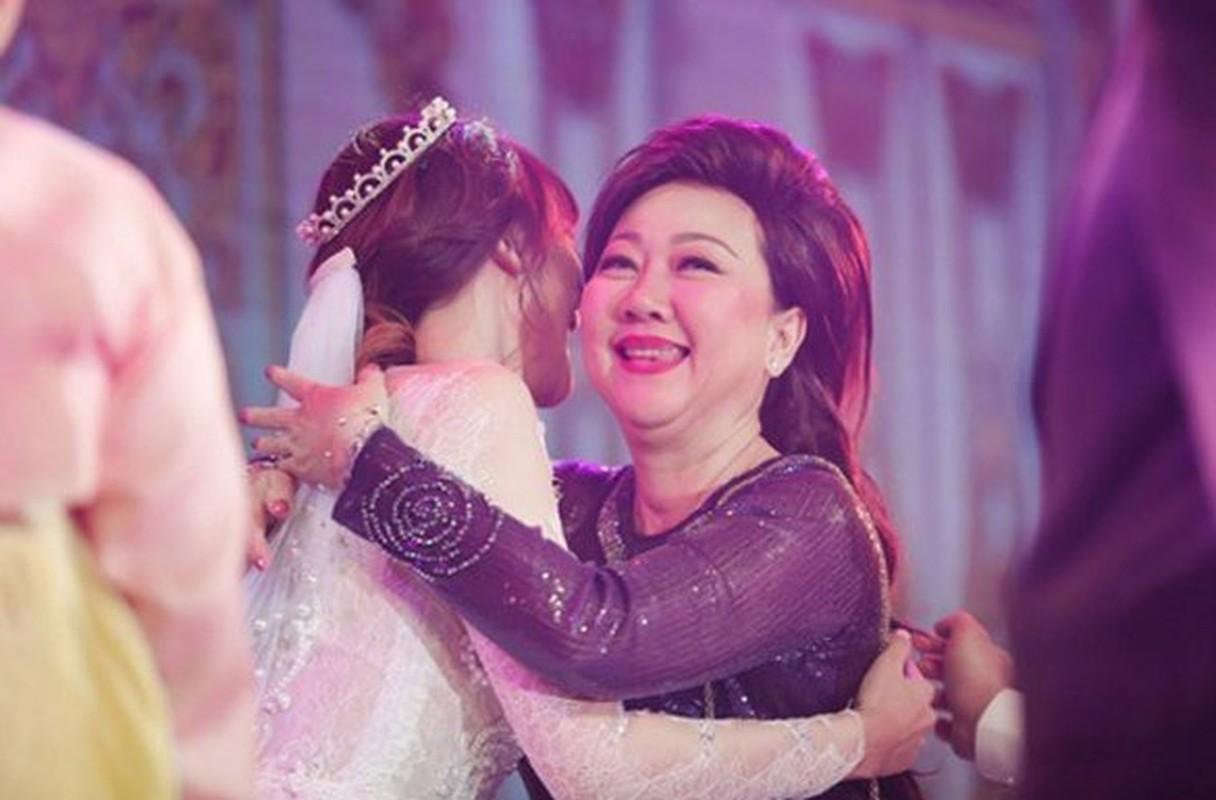 Hari Won vien man ben Tran Thanh sau cuoc tinh 9 nam voi Tien Dat-Hinh-16