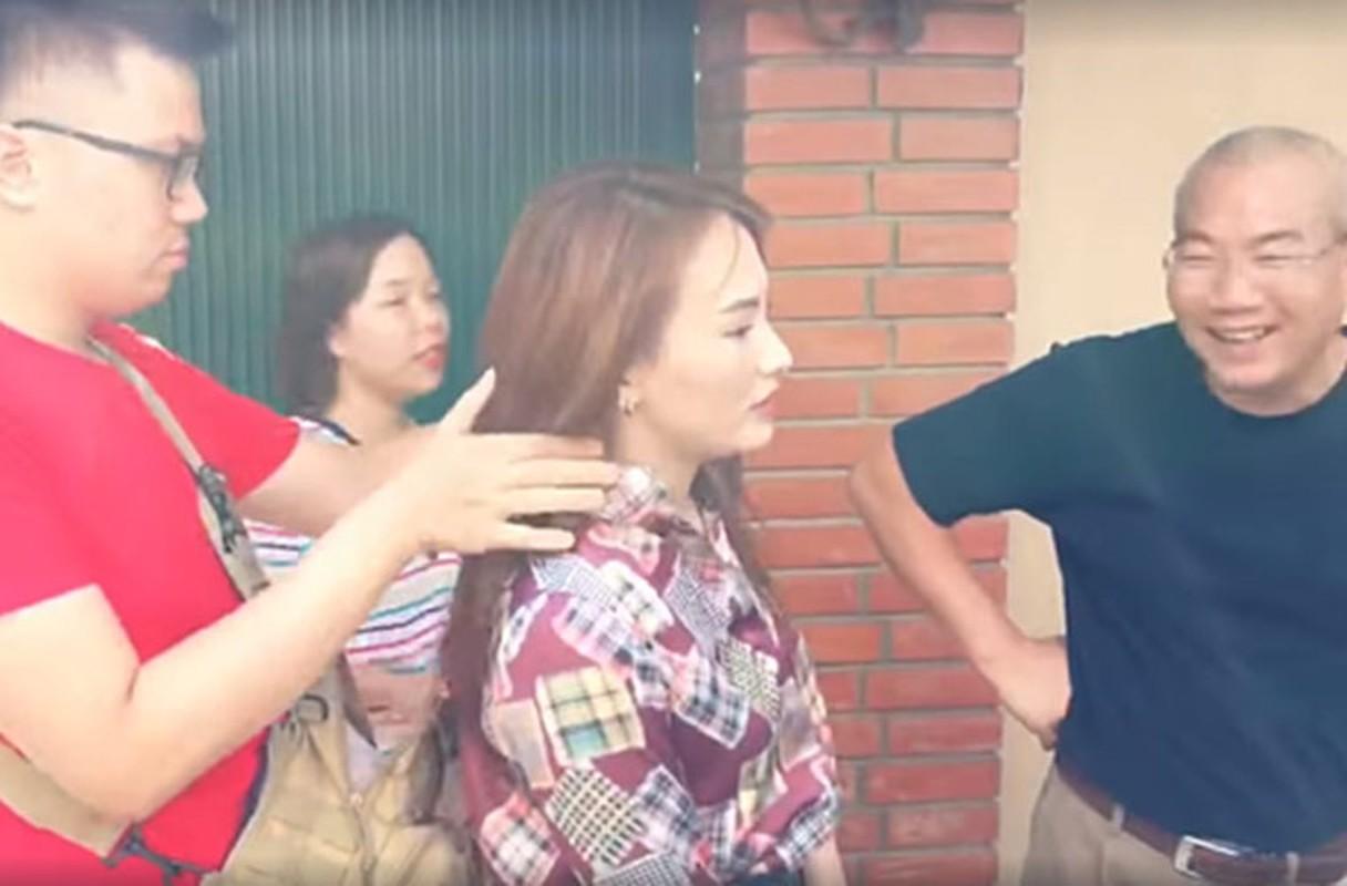 Sao Viet kiet suc, ngat xiu khi quay phim giua troi nang gat-Hinh-4