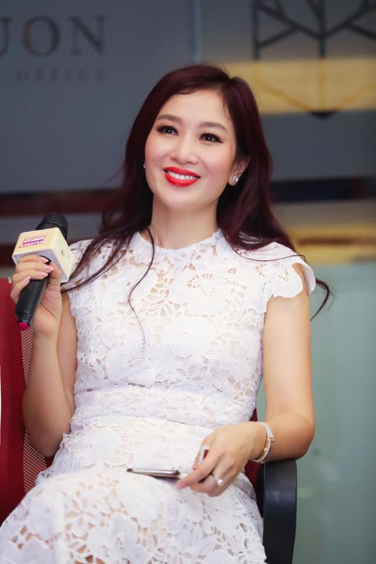 Cuoc song sung suong nhu ba hoang cua Hoa khoi Thu Huong-Hinh-3