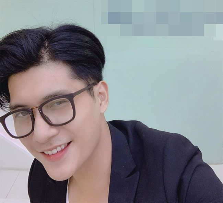 Ve dep nam than cua nguoi mau Lam Bao Chau-Hinh-5
