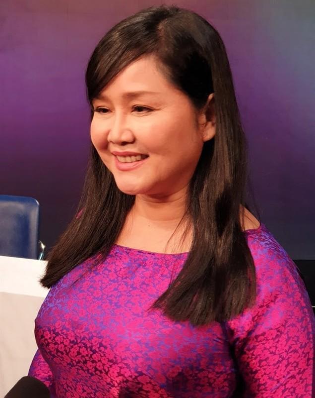 He lo muc luong cua Ngoc Trinh va loat BTV noi tieng VTV-Hinh-4