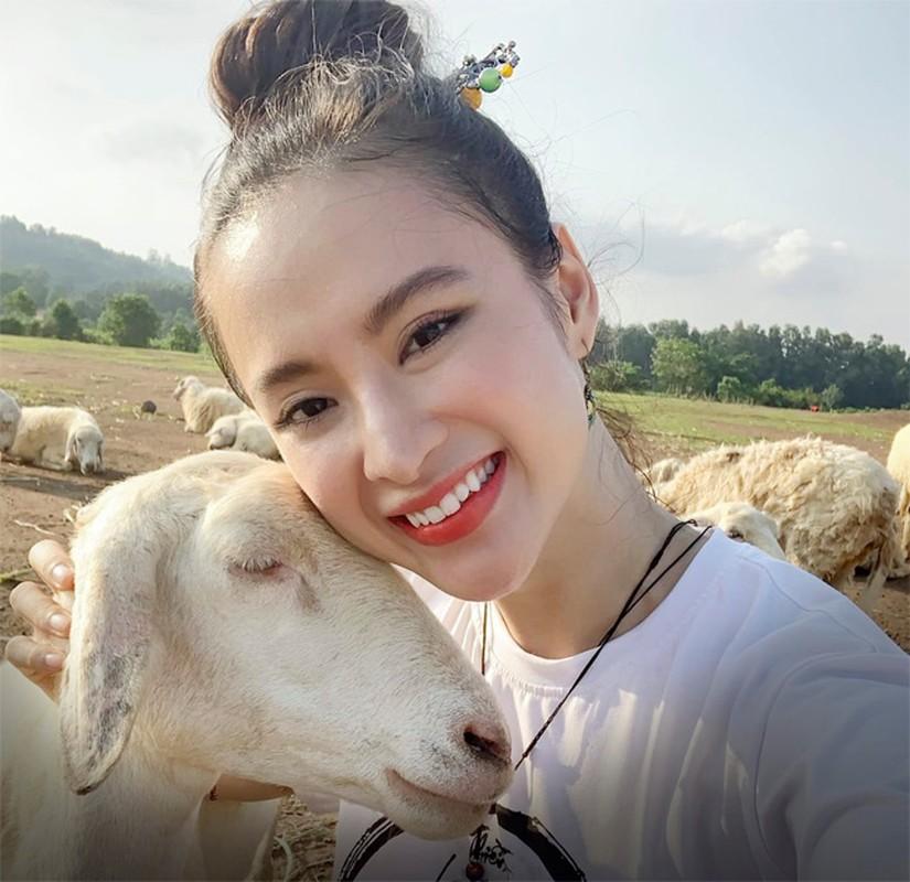 Nhan sac ruc ro cua my nhan Viet an chay truong, cham le chua-Hinh-5