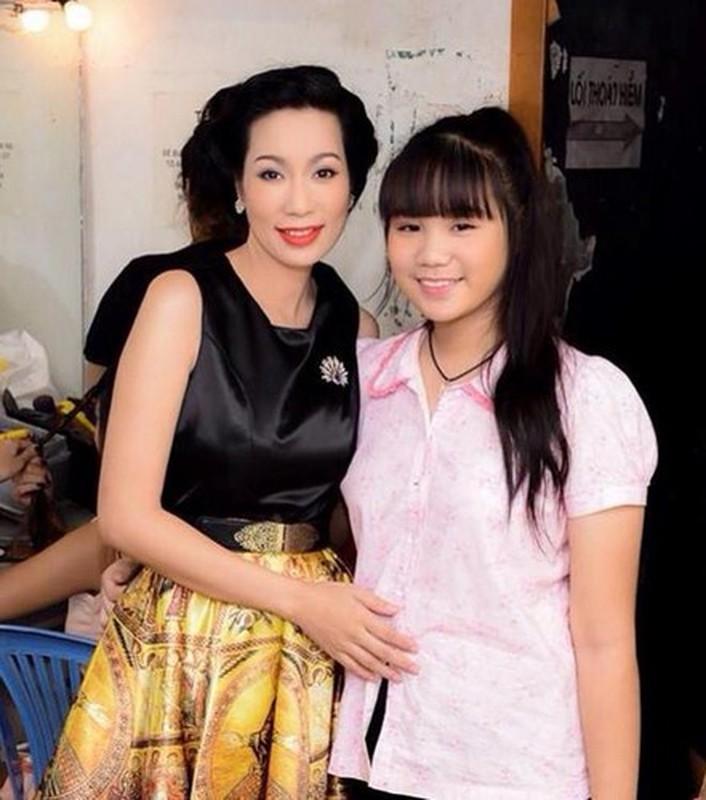"Con gai A hau Trinh Kim Chi ""lot xac"" xinh dep o tuoi 18-Hinh-10"