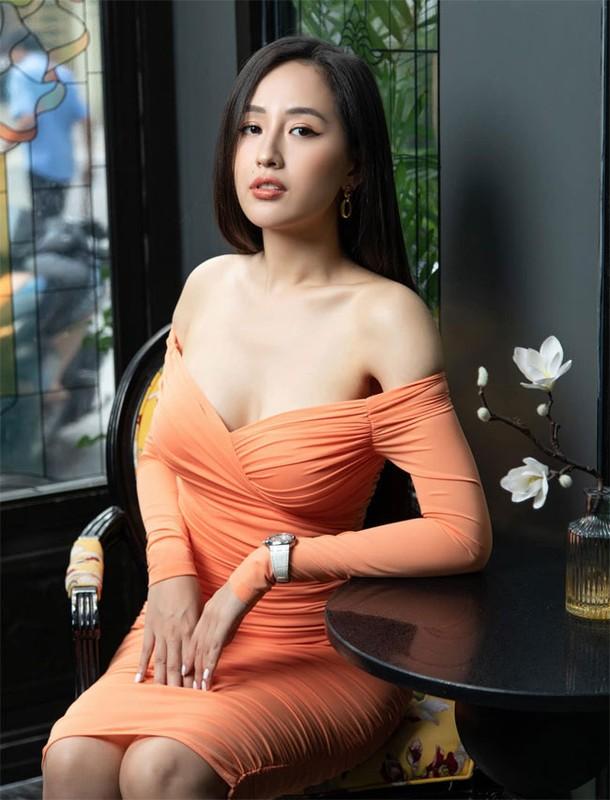 Mai Phuong Thuy dien vay bo khoe 3 vong boc lua dep hut mat-Hinh-4