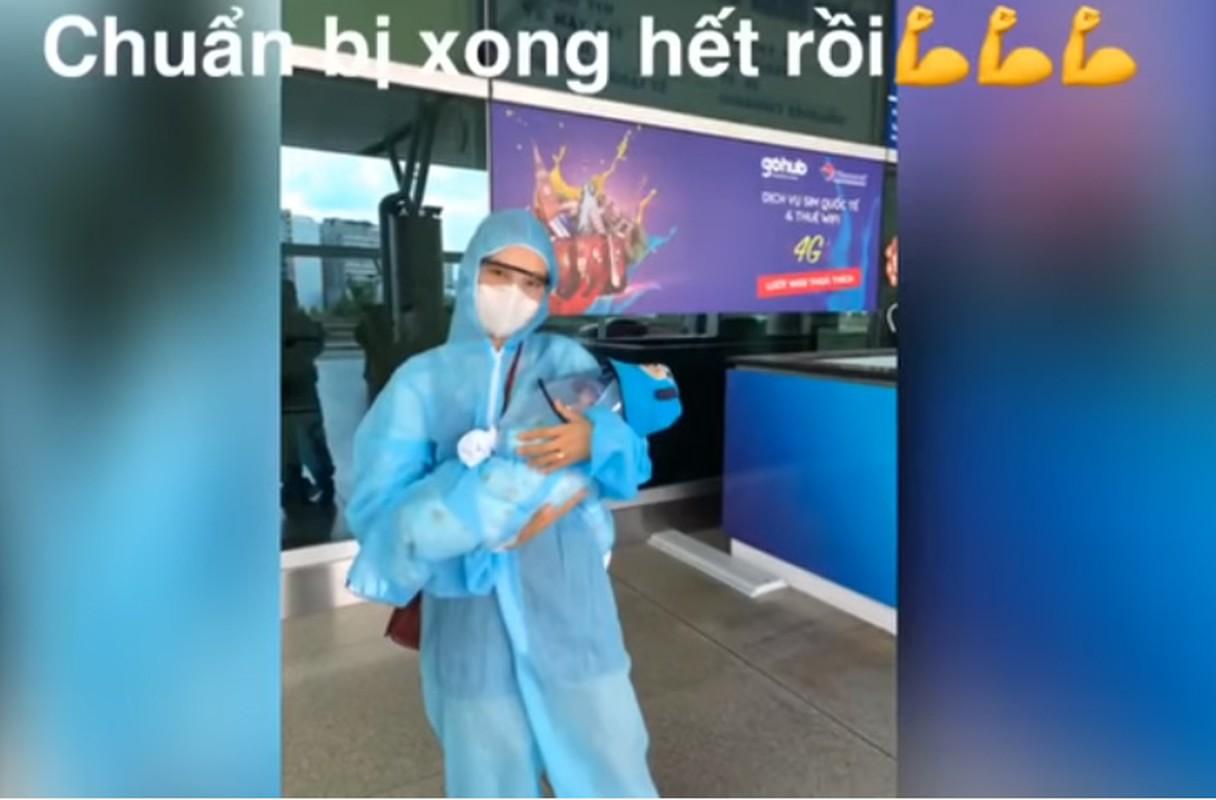 Xuc dong khoanh khac Hoang Oanh va con trai doan tu chong Tay-Hinh-7