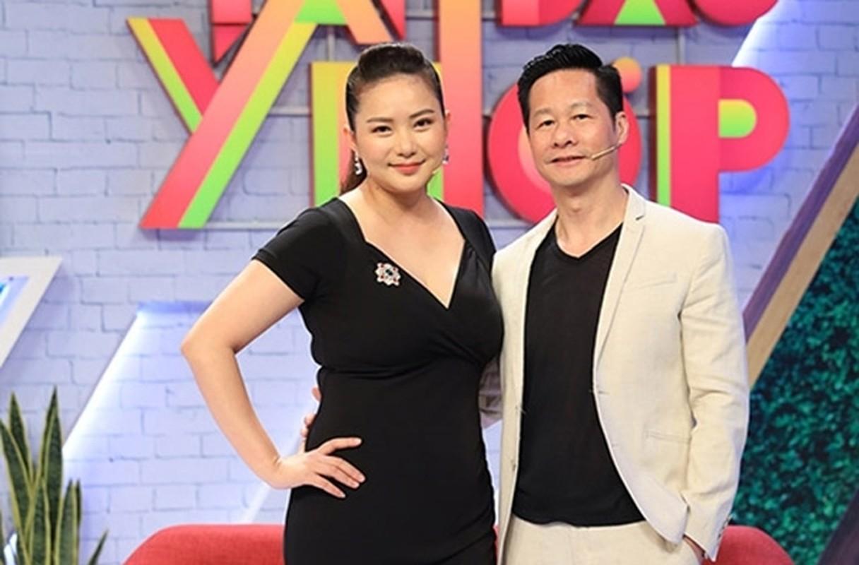"""Phan Nhu Thao ngay cang mum mim, chong van """"say nhu dieu do""""-Hinh-3"""