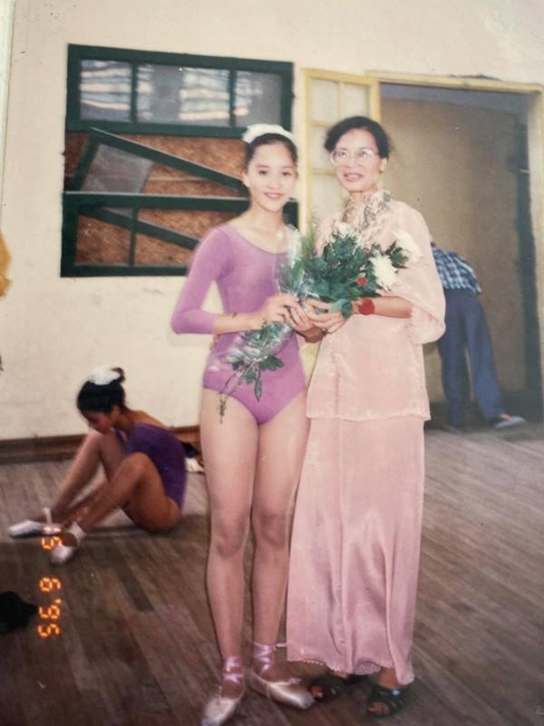 "Nhan sac ""hoa khoi lang Thuong Tin"" cua me ruot Khanh Thi-Hinh-10"