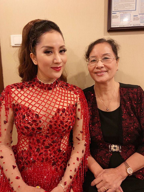 "Nhan sac ""hoa khoi lang Thuong Tin"" cua me ruot Khanh Thi-Hinh-9"