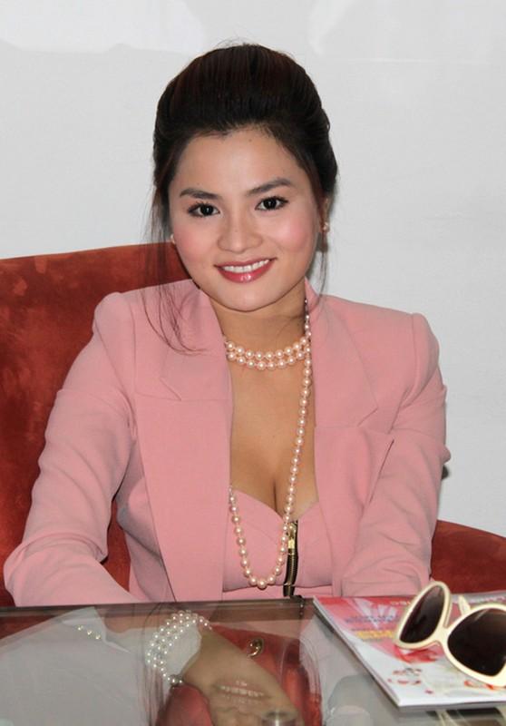Phat hai than hinh phi dai cua Phan Nhu Thao va my nhan Vbiz-Hinh-9