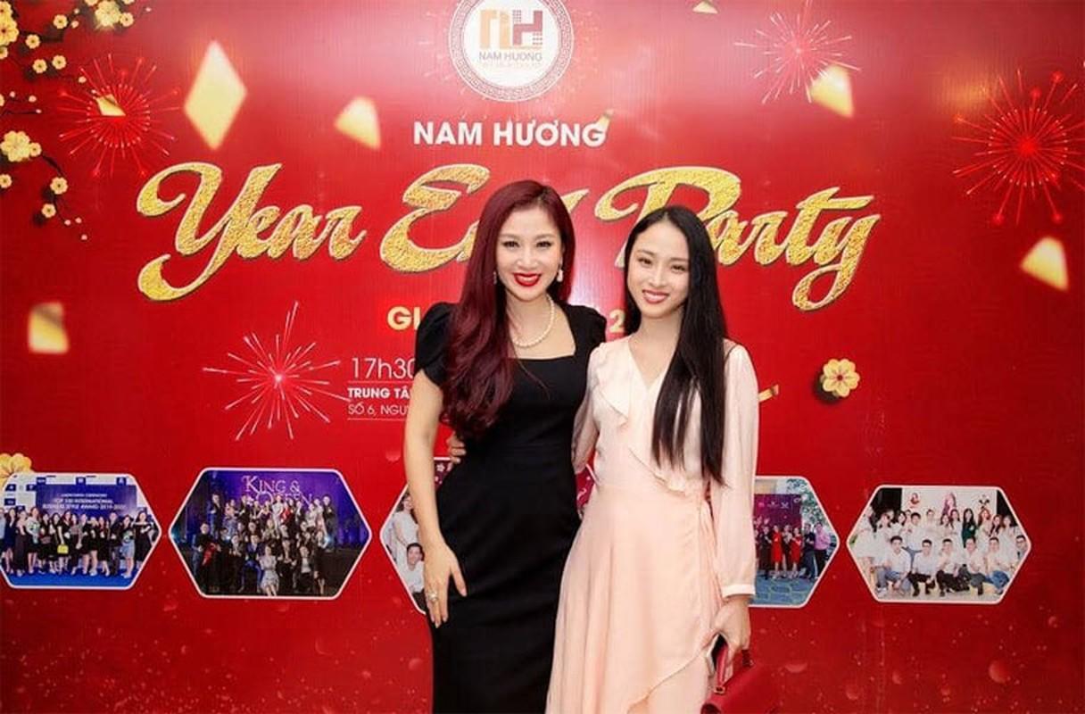 Bat ngo nhan sac khac la cua Hoa hau Truong Ho Phuong Nga-Hinh-12