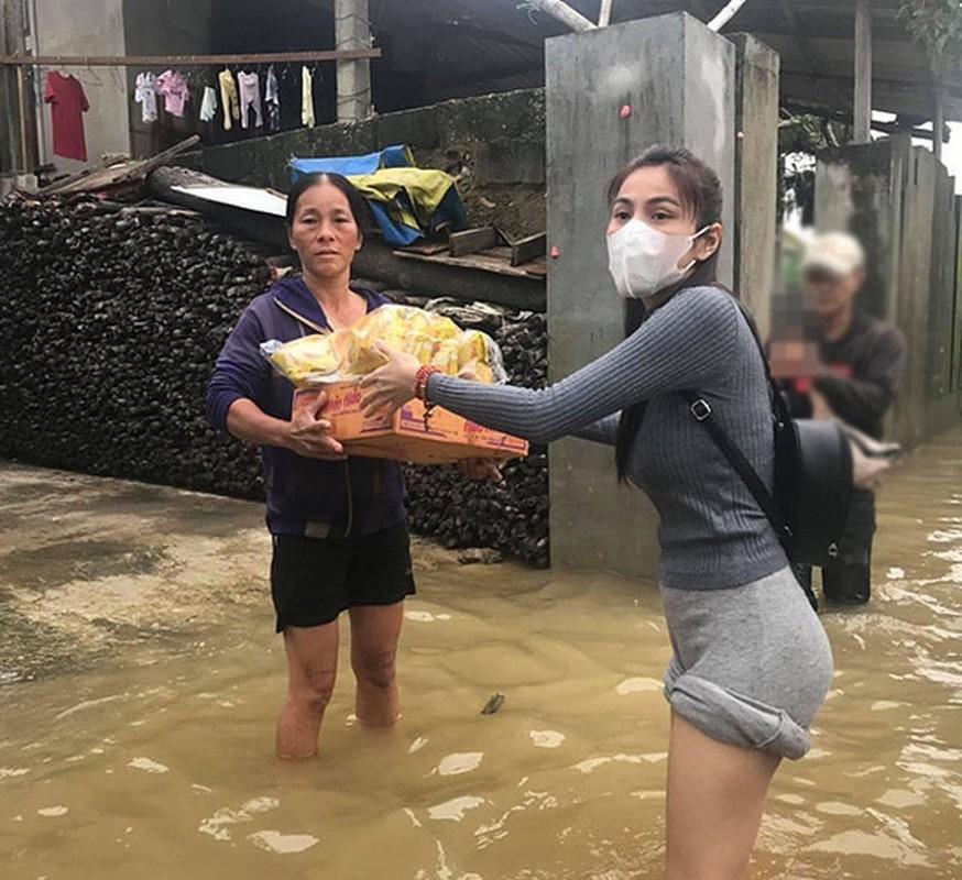 """Hoa hau Huong Giang va loat sao bi """"nem da"""" nhieu nhat nam 2020-Hinh-10"""